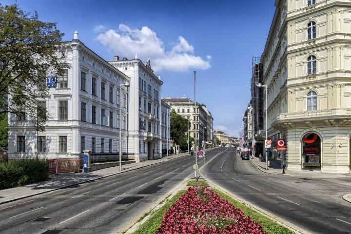 vienna-171444_1920 (Small)
